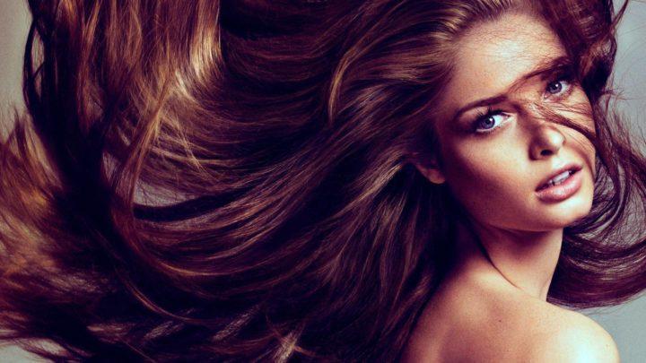 На сколько сантиметров вырастают волосы в год