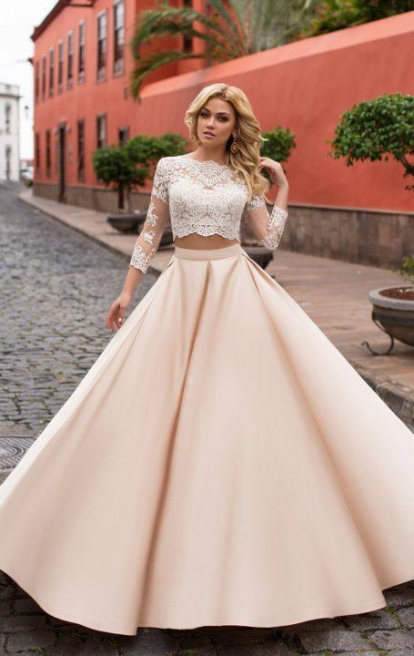 платья 2020 года модные купить