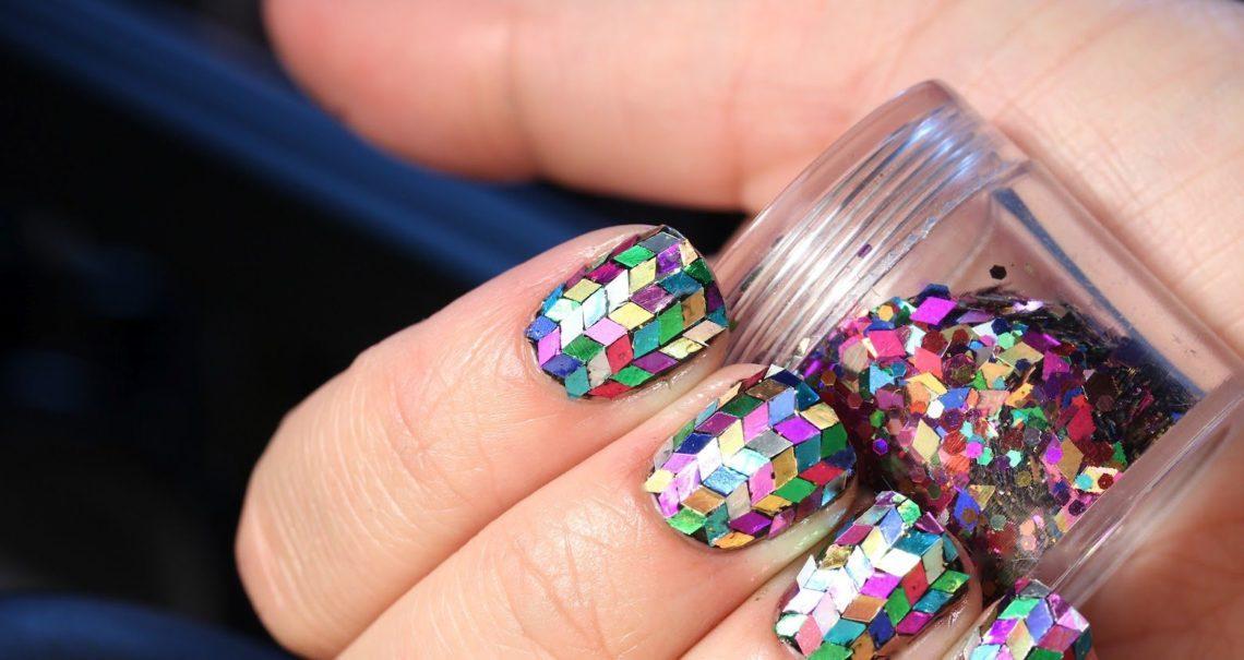 Смотреть дизайн ногтей мозаика голограмма фото